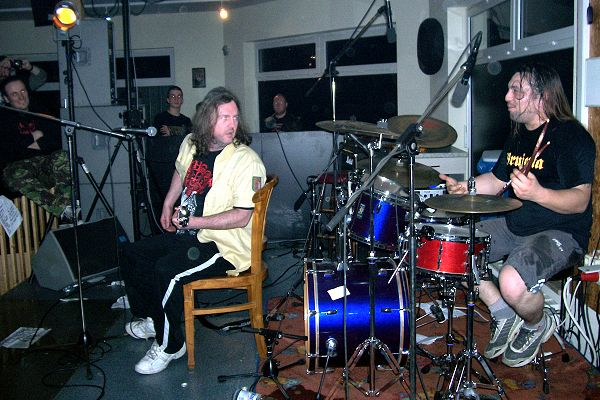 Cripple Bastards - Al Mazzotti jammin' with Seth Putnam (Anal Cunt) in Germany, 2007